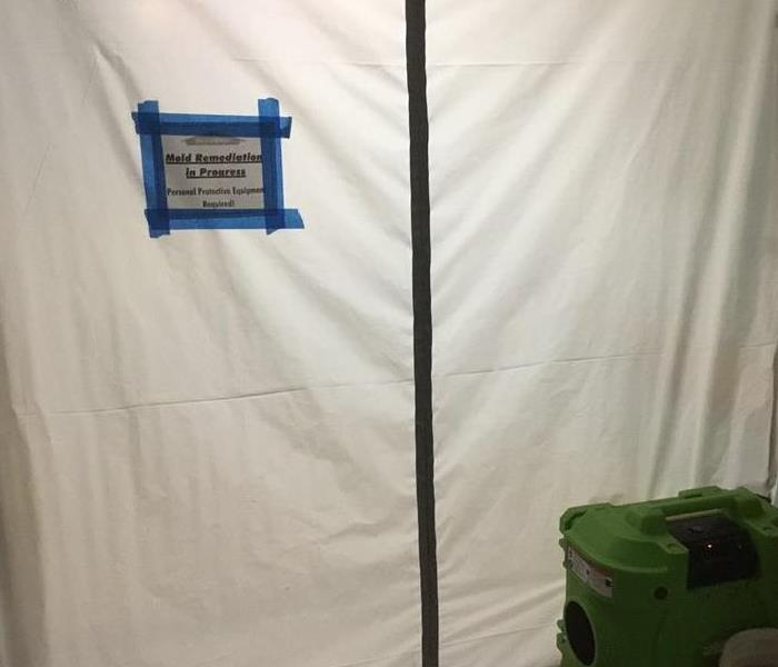 Commercial Mold Containment